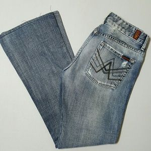 Woman's 7for All Mankind Distressed A pocket Jeans
